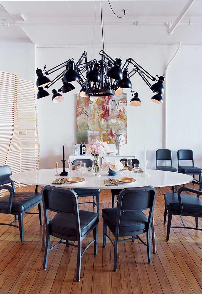 28. Round table lamp… round.