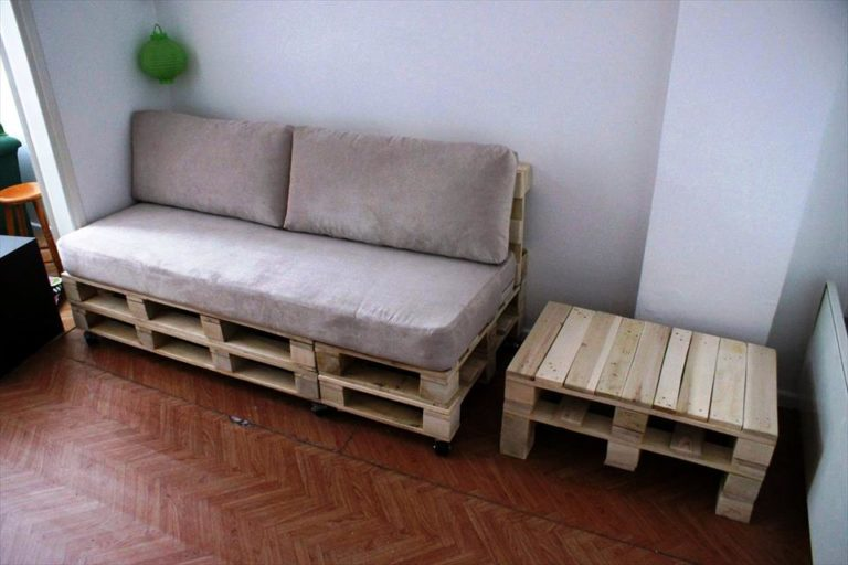 29. Enjoy the material and make a side table