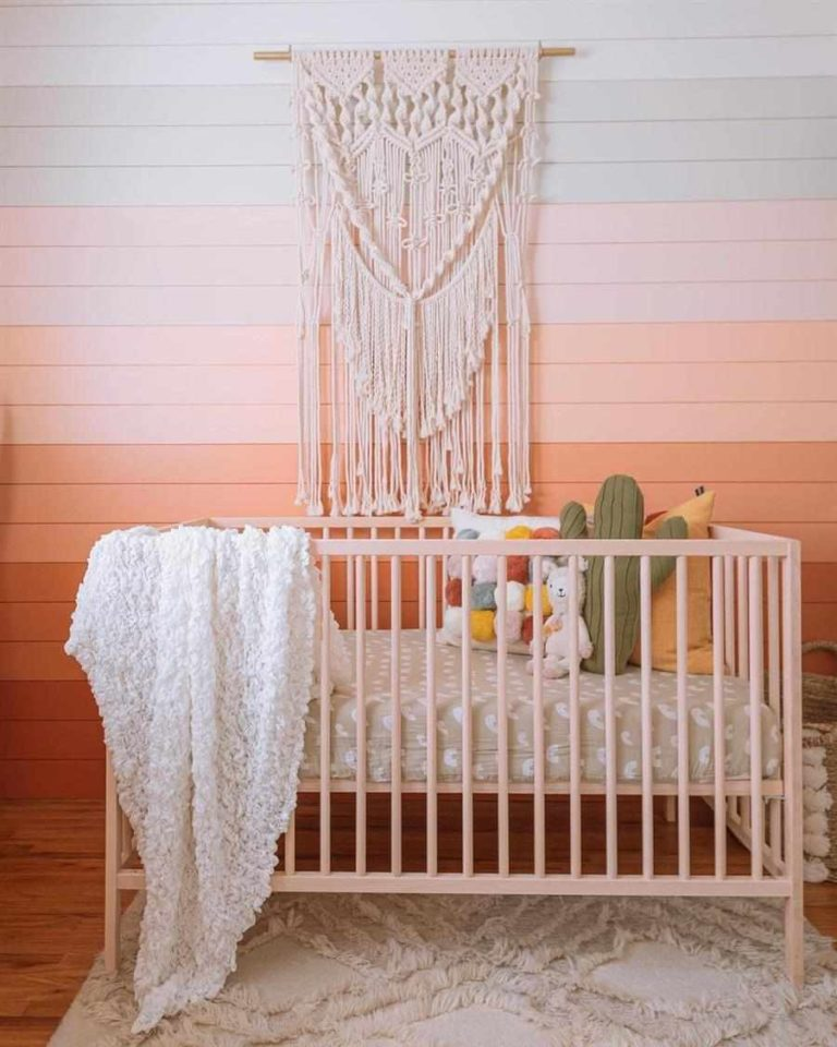 30 - Incredible macrame work to decorate baby's room