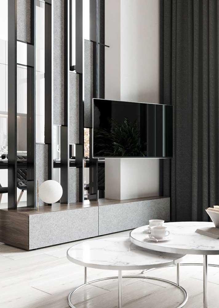 34. Opening room panel: elegant, modern and creative.