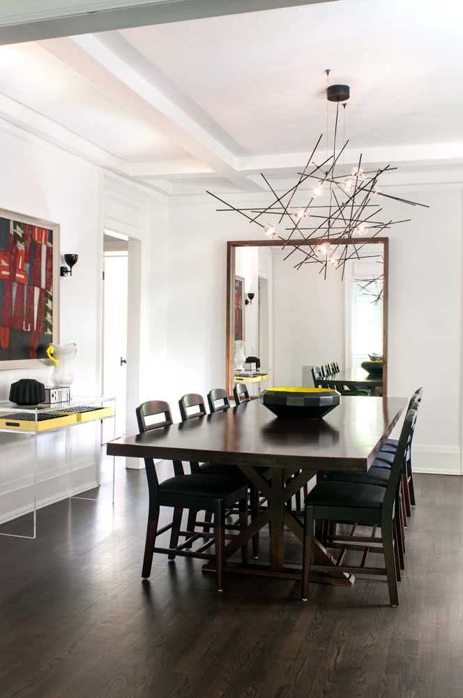 35 - Large table asks for a large chandelier.