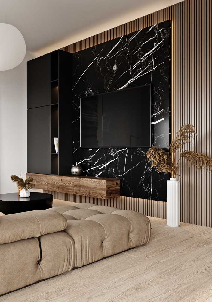 37. The combination of marble and wood couldn't be more incredible!