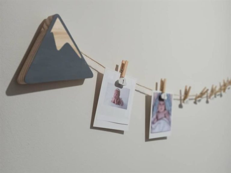 38 - Clothesline with string for baby room
