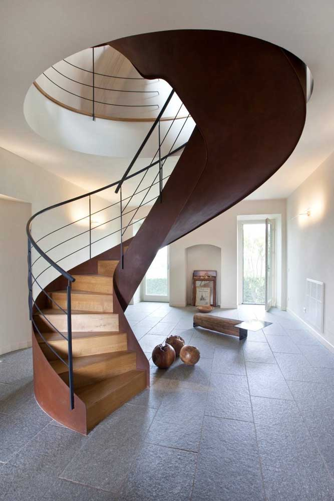 38. The mixture of corten steel and wood creates an incredible effect.