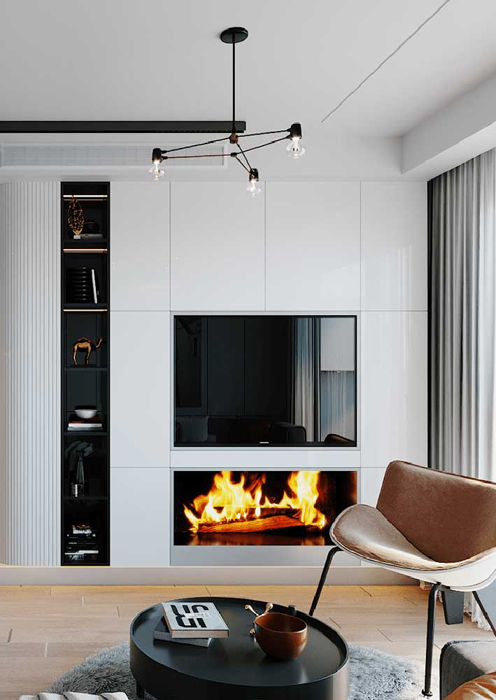 40. The white panel is camouflaged with the wall and creates an effect of uniformity in the decoration.