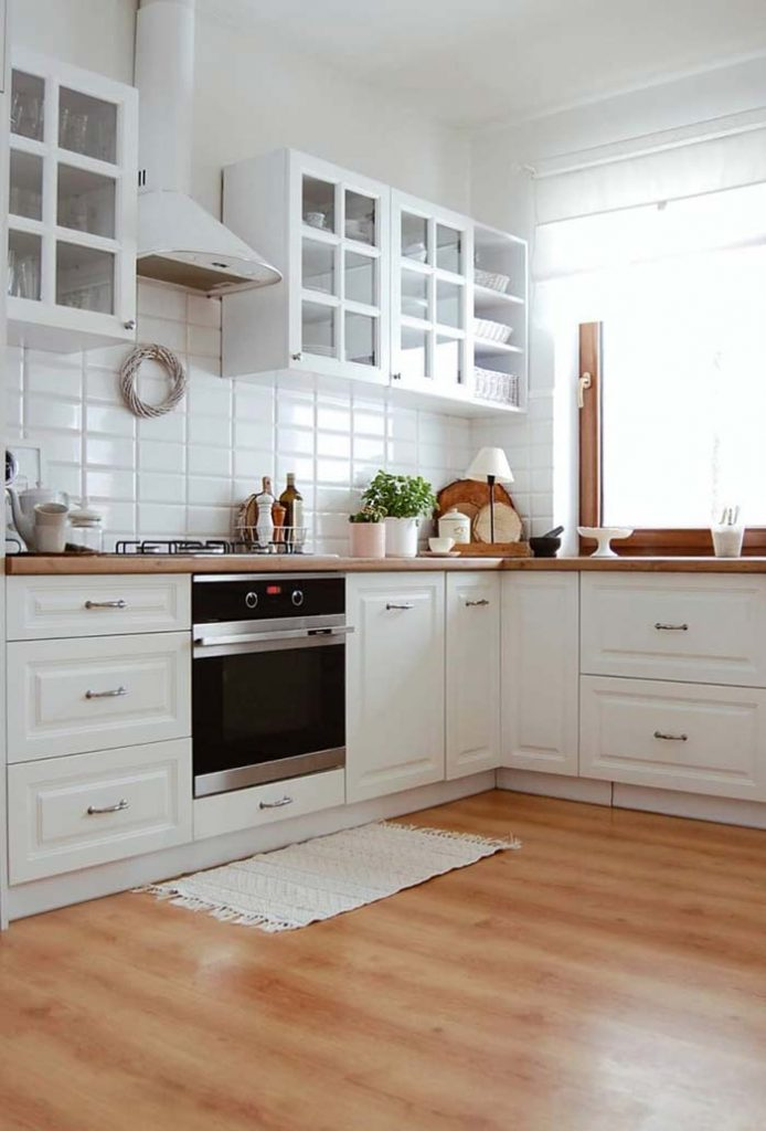 45. Rustic, white and classic