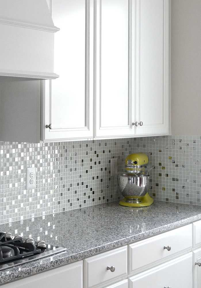 46 - Gray granite countertop: one of the best options in cost benefit.