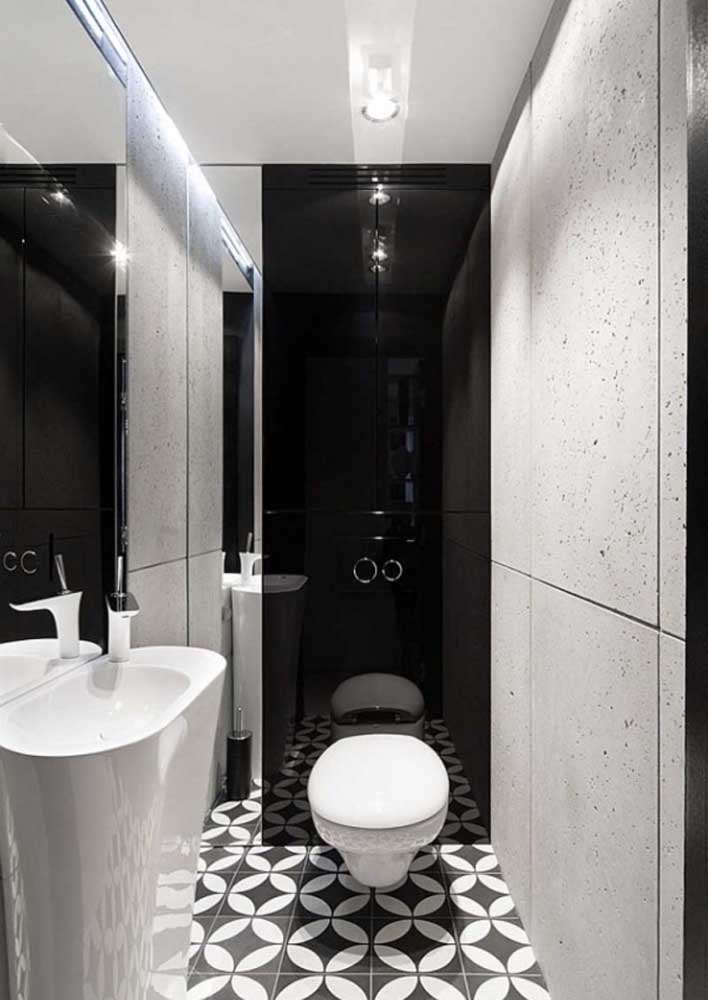 46. Black and white decorated bathroom: the classic of the classics.