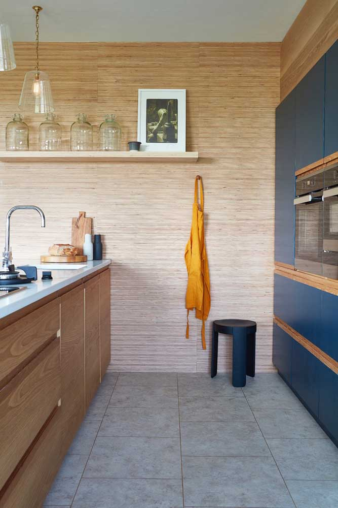 46. With planning it is possible to create a practical, functional and beautiful small American kitchen.
