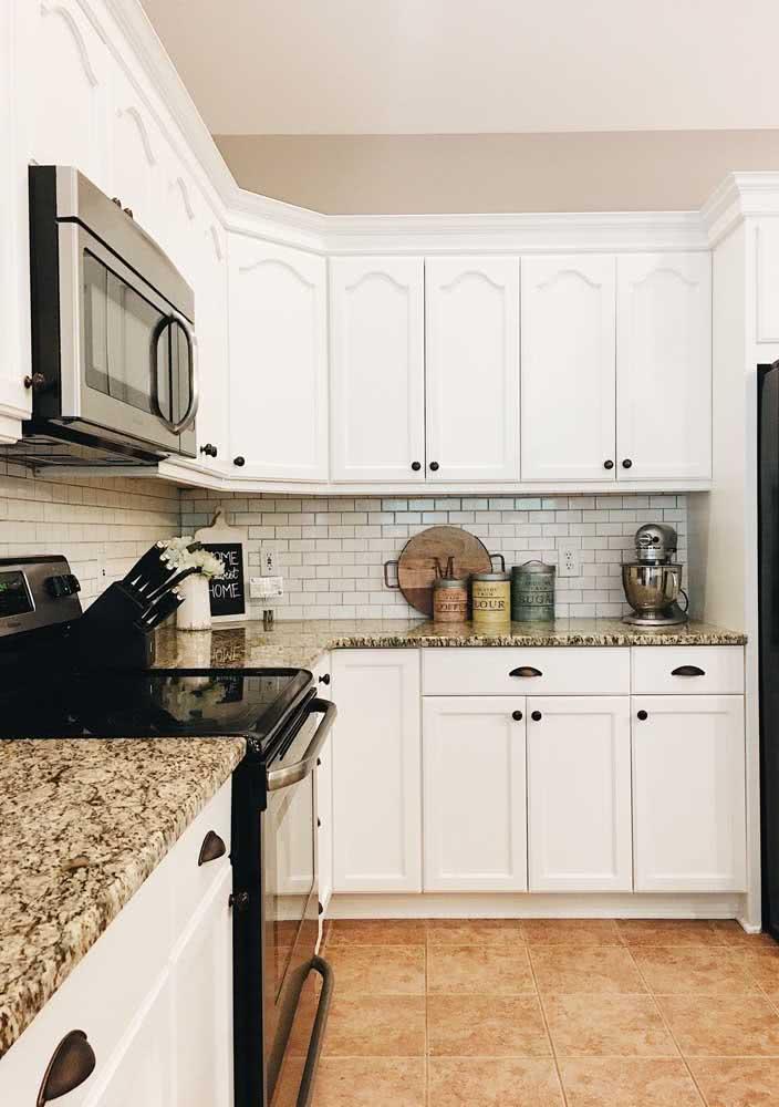 47 - Granite countertop matching the floor.47 - Granite countertop matching the floor.