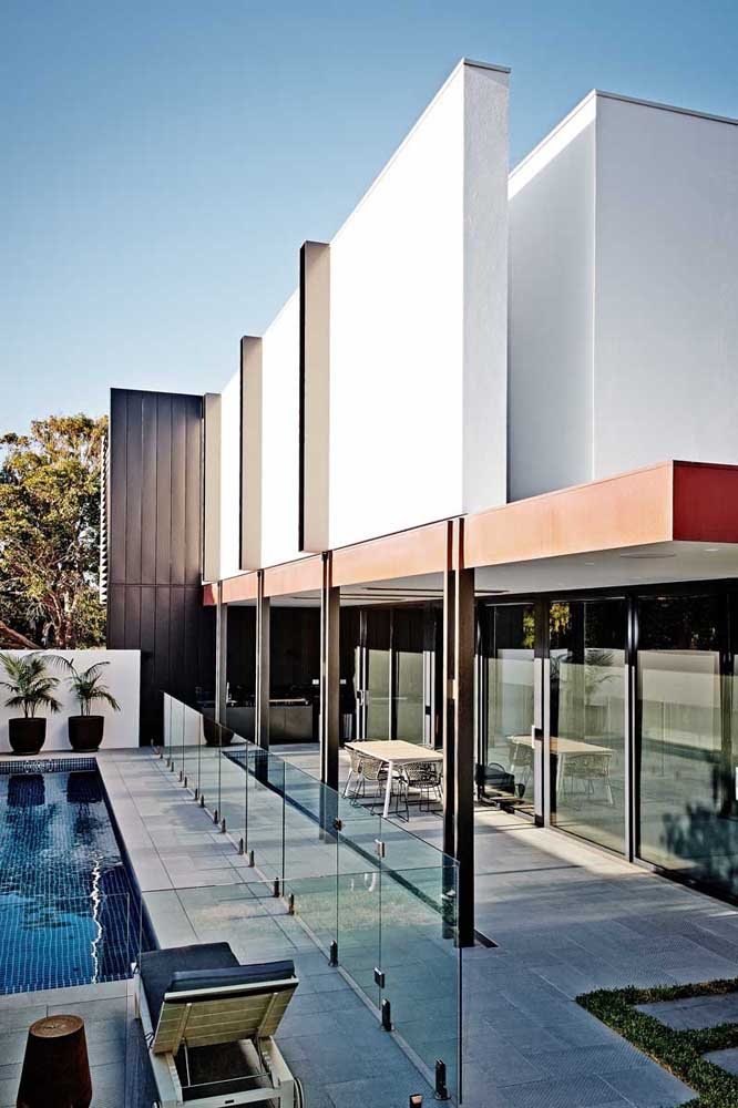 48. Corten steel can be used in different ways in decoration.