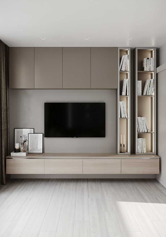 49. Planned living room panel: organize and decorate at the same time.