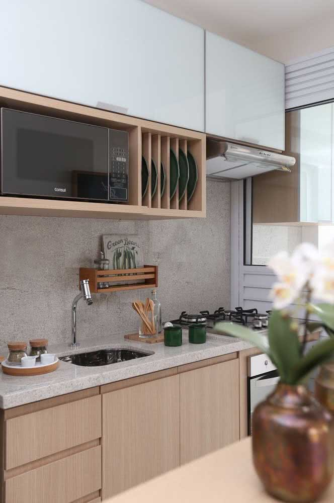 5 - White Itaúnas granite is one of the most uniform and therefore tends to be more expensive.