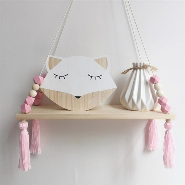 8 - Swing shelf to decorate and organize the baby's room