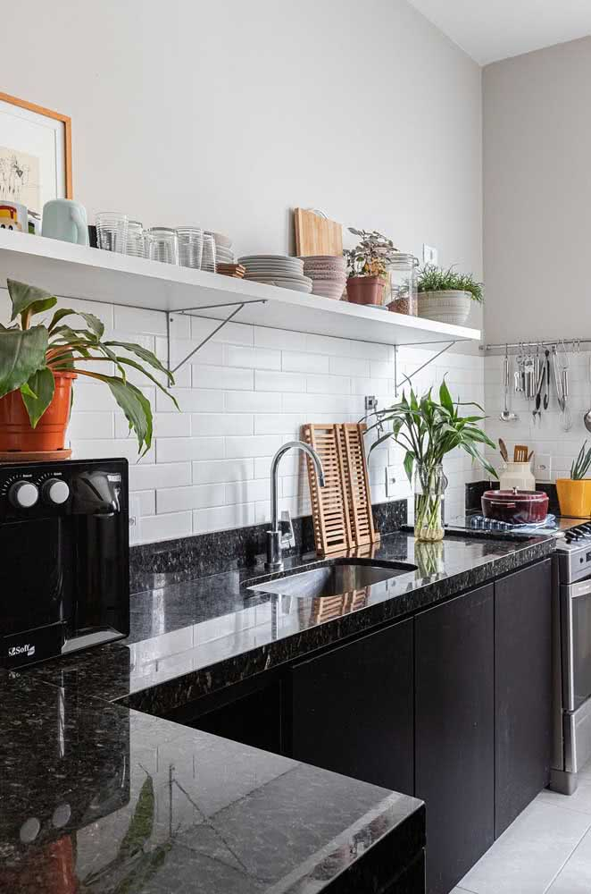 9 - Black granite countertop for kitchen modern and sophisticated.