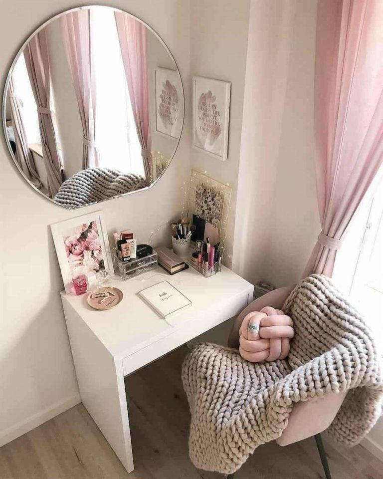 Things to decorate young female bedroom