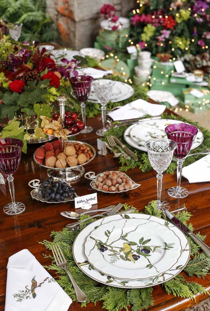 04. Nuts, grapes and hazelnuts are some of the fruits that are already part of the Christmas dinner