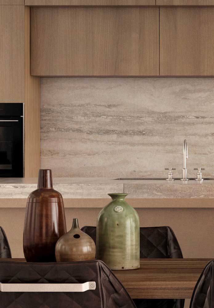 06. Botticino marble kitchen countertop and covering.