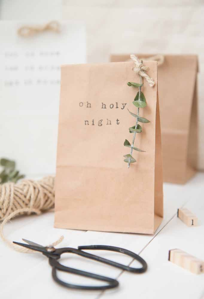 12. Place guests' gifts in recycled bags