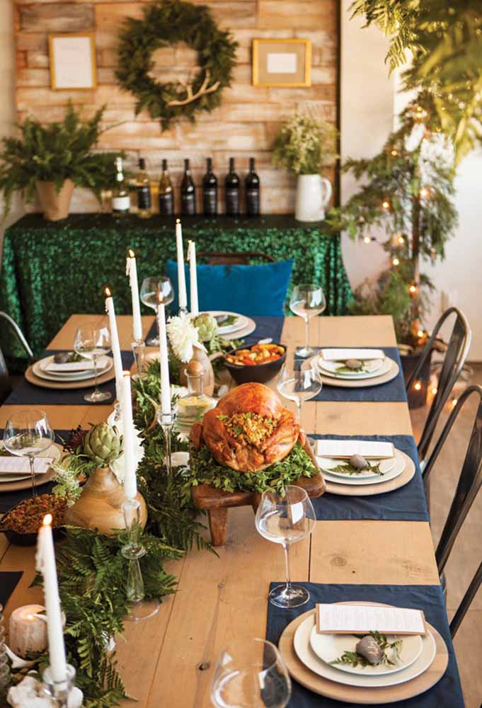14. Turkey is the most anticipated dish at Christmas dinner. So, be careful in your decor