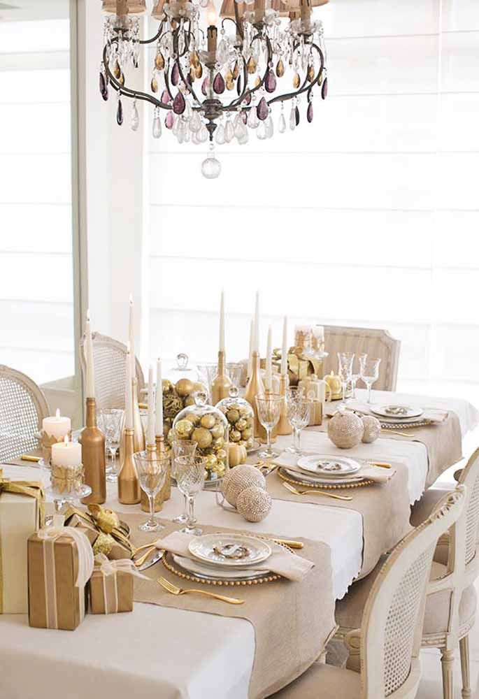 19. If you choose gold details, the table looks like royalty