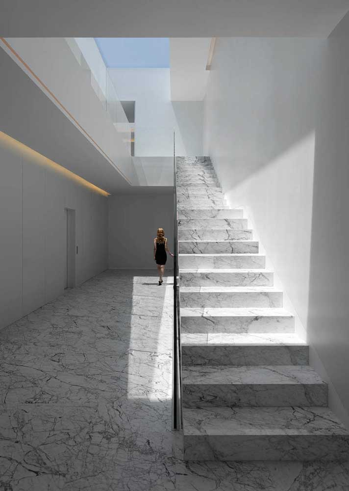 23. Carrara gioia marble floor and external staircase.