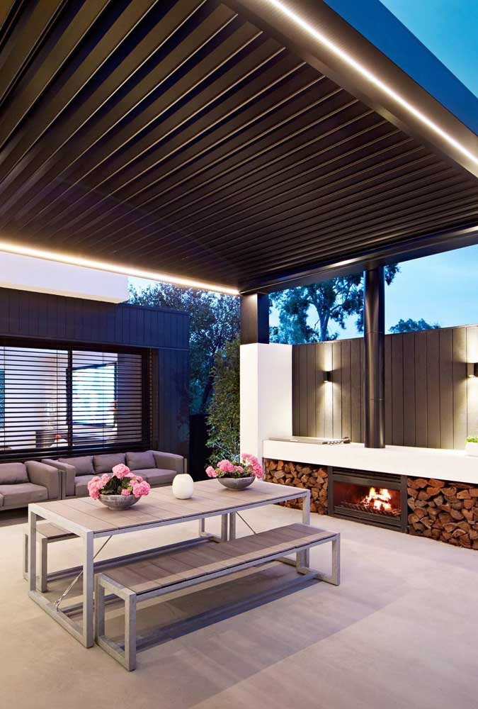 24. Comfort and functionality to enjoy the barbecue area with friends.