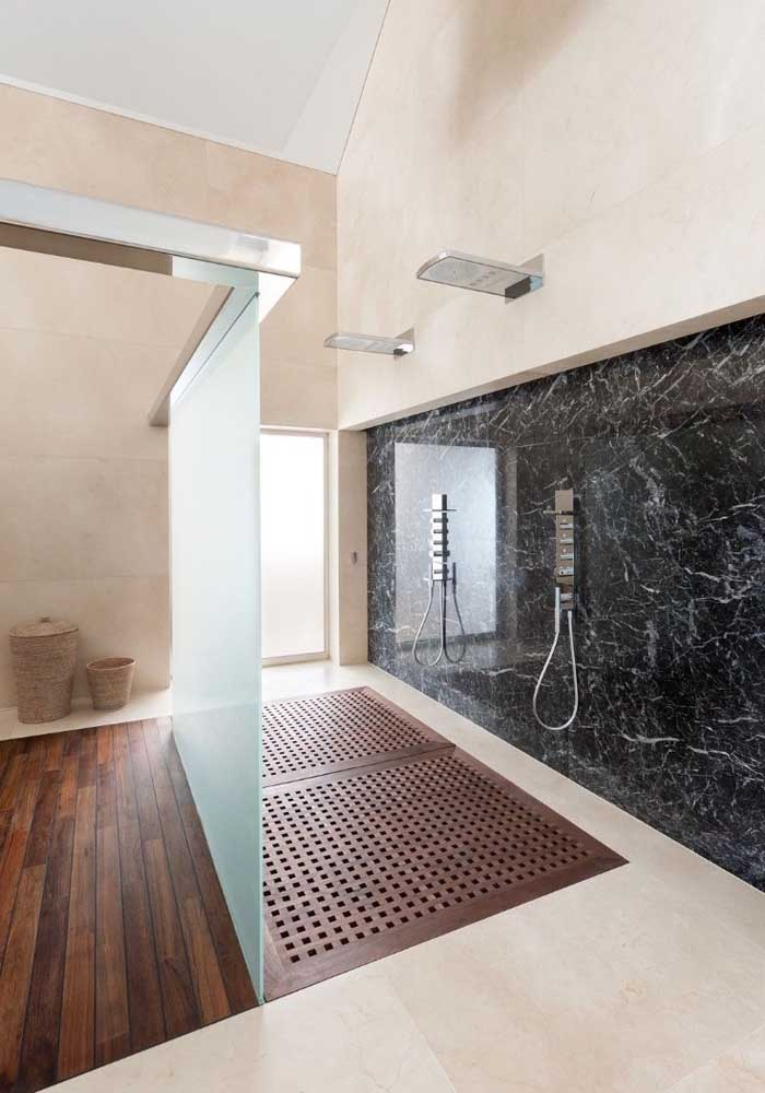 28. Cremma marble on the floor and nero marble on the wall.