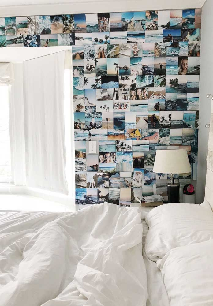 30. If you want, you can do this on the bedroom wall. In that case, you can fill the wall with pictures.