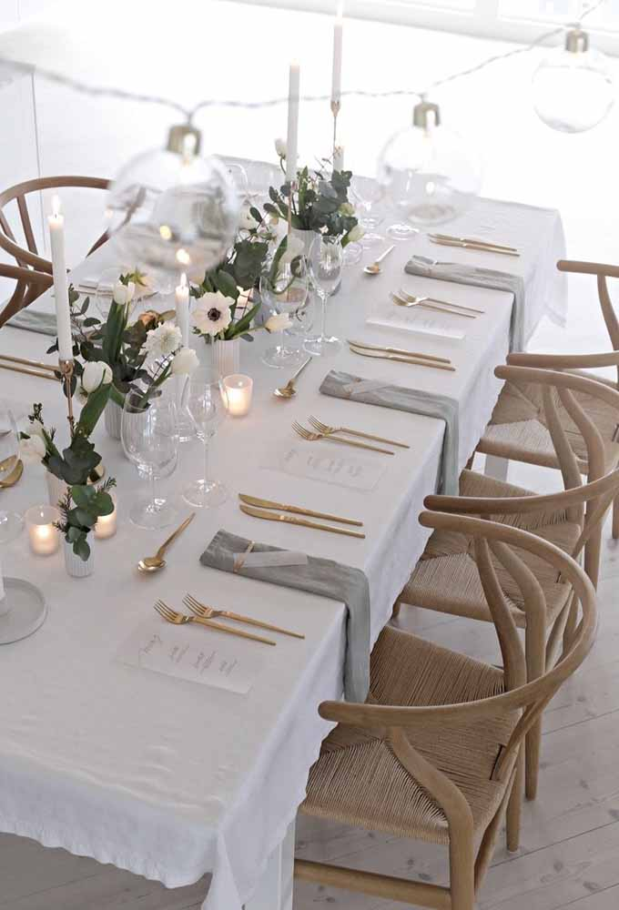 31. An organized table will make your Christmas dinner sophisticated