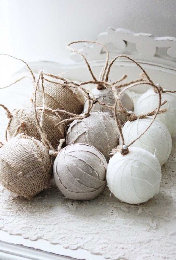 33. Handmade Christmas baubles made from different types of materials.