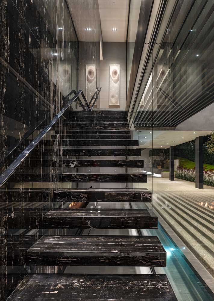 41. Pure luxury, this black marble staircase.