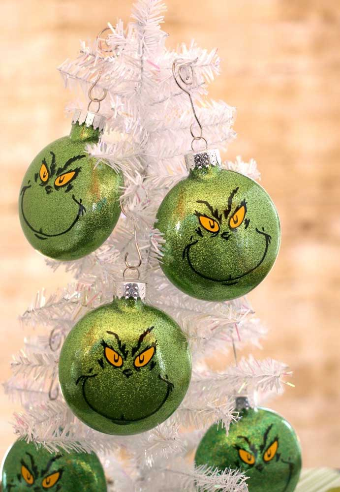 44. A good idea is to make Christmas baubles inspired by movies and cartoons.