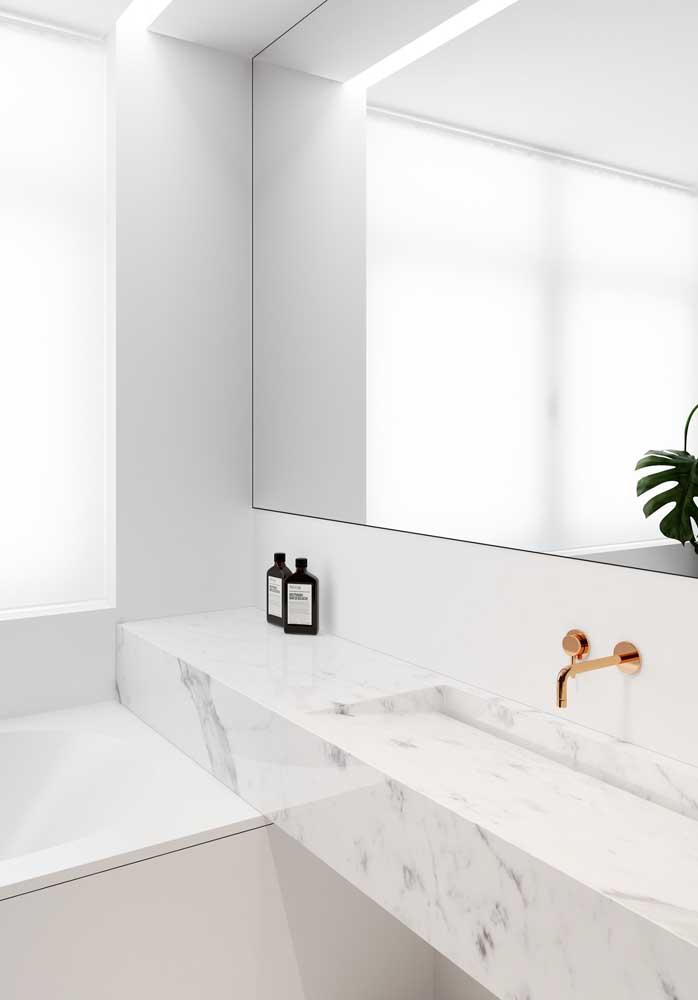 45. Piguese marble for a super clean bathroom.