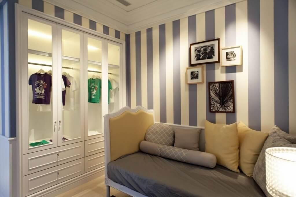 1. Stripped Wallpaper