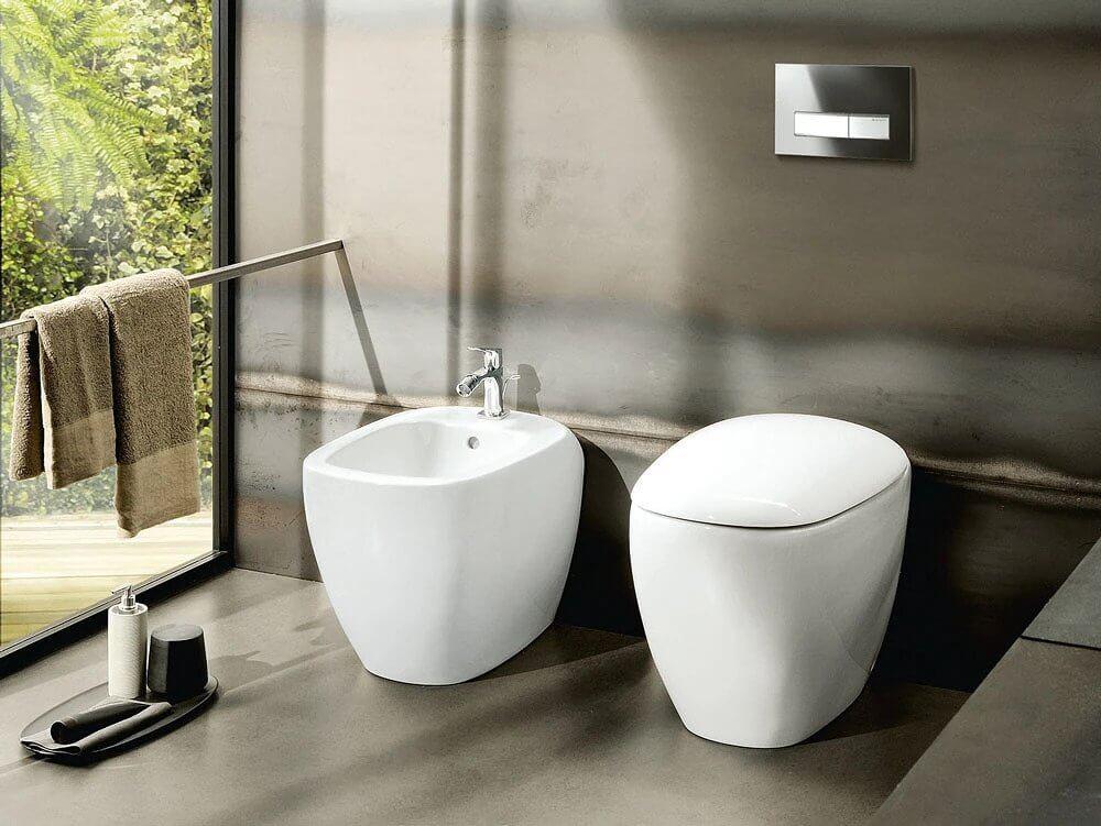 12. Attachable floor toilets
