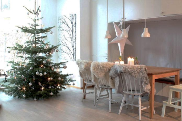 18. Christmas decoration