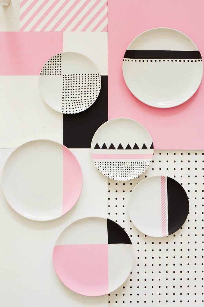 21. Plates