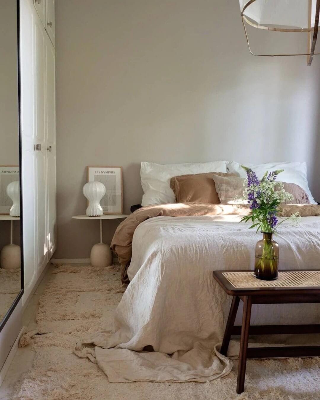 3. Stylish space with natural motives