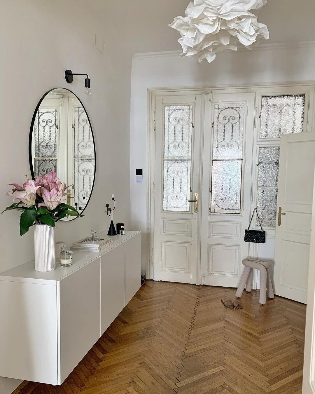 Classic ivory interior