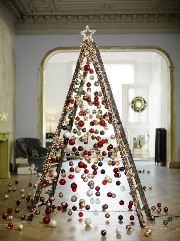 31. Christmas decoration