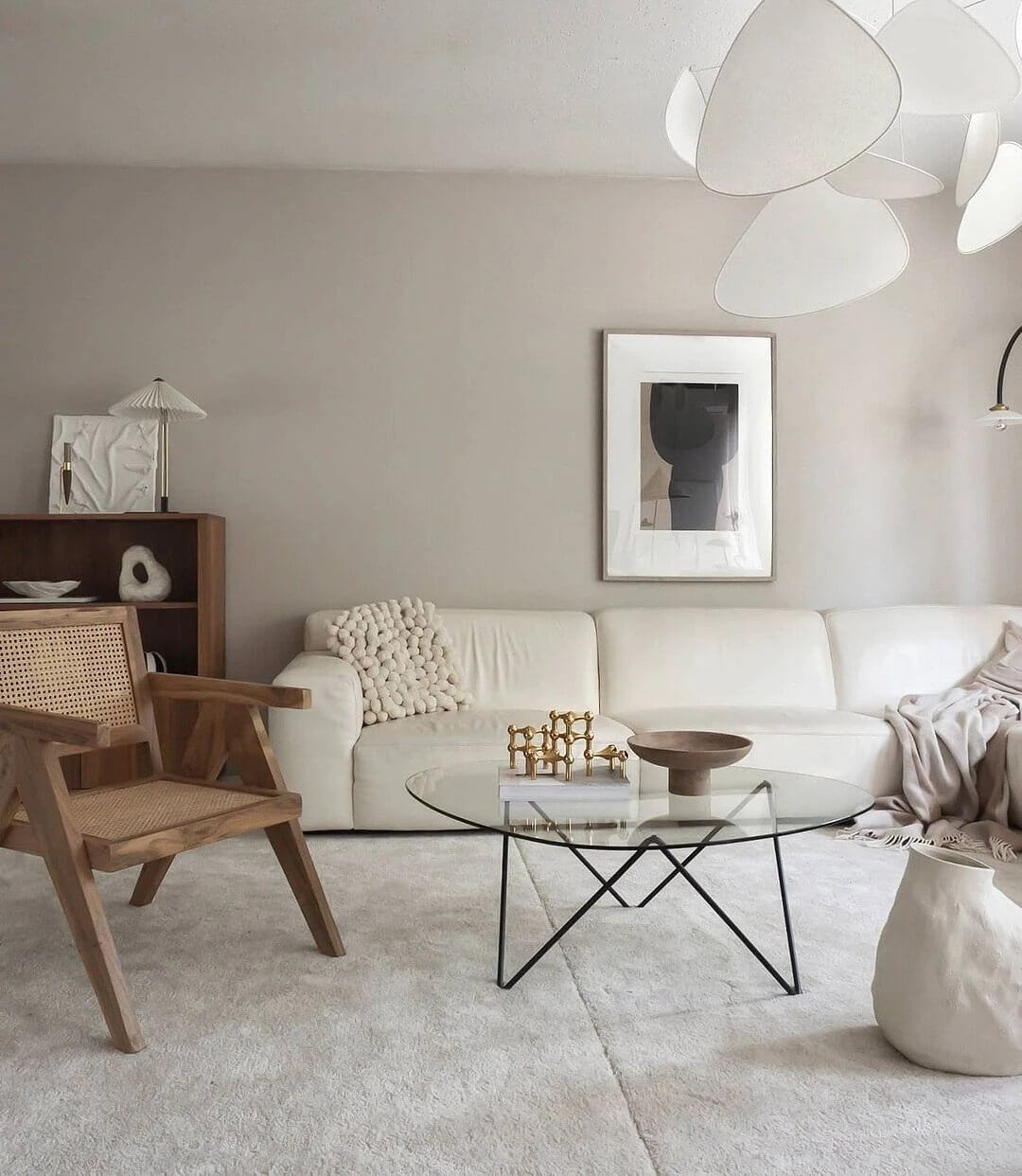 4. Stylish space with natural motives