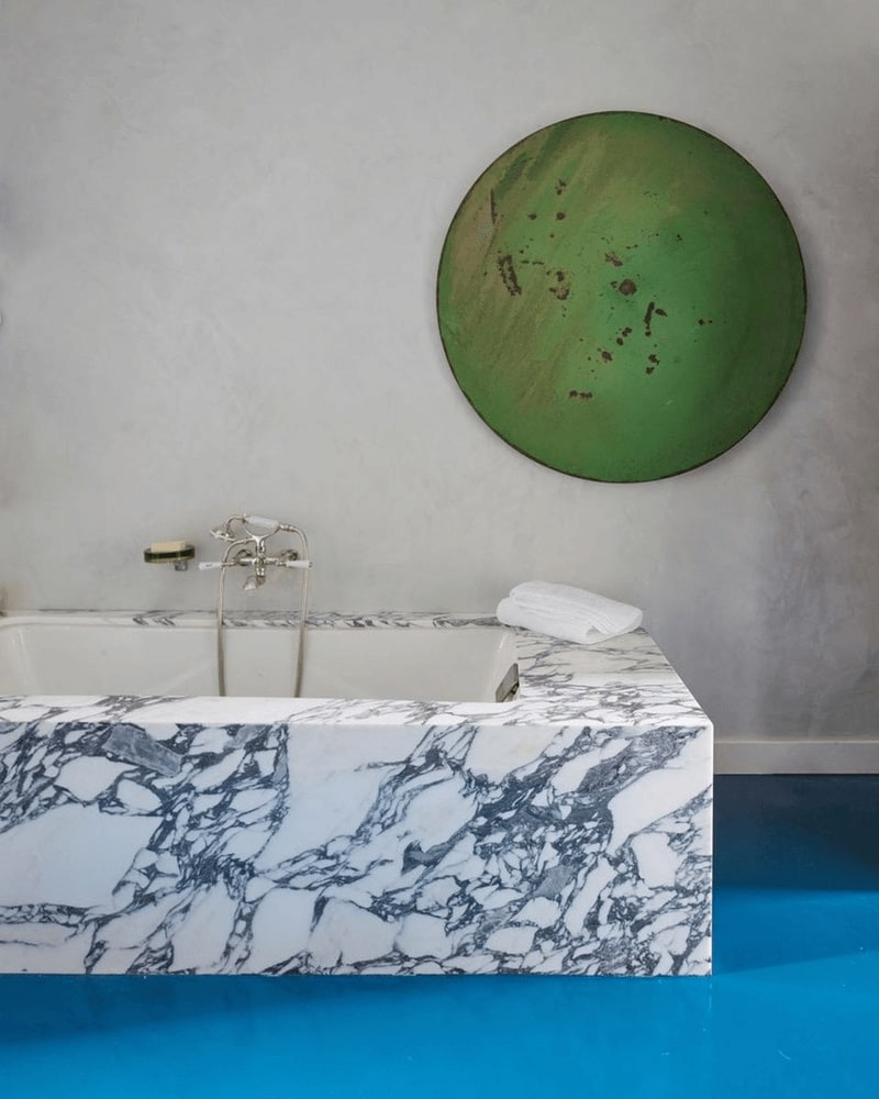 Bathroom in marble