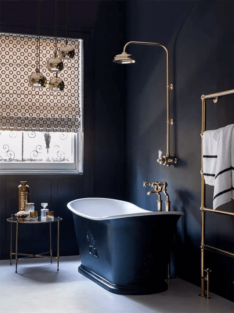 Very black bathroom