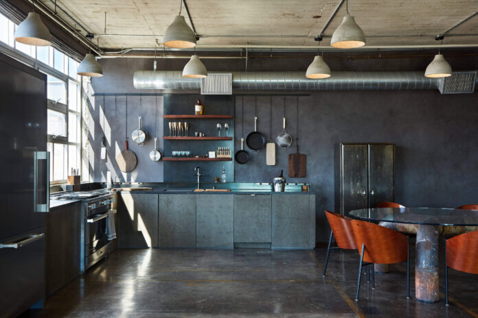 Apartment In An Industrial-Loft-Style