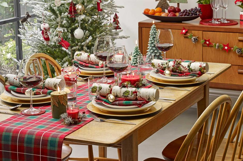 How To Beautify Your Home For Christmas With A Limited Budget
