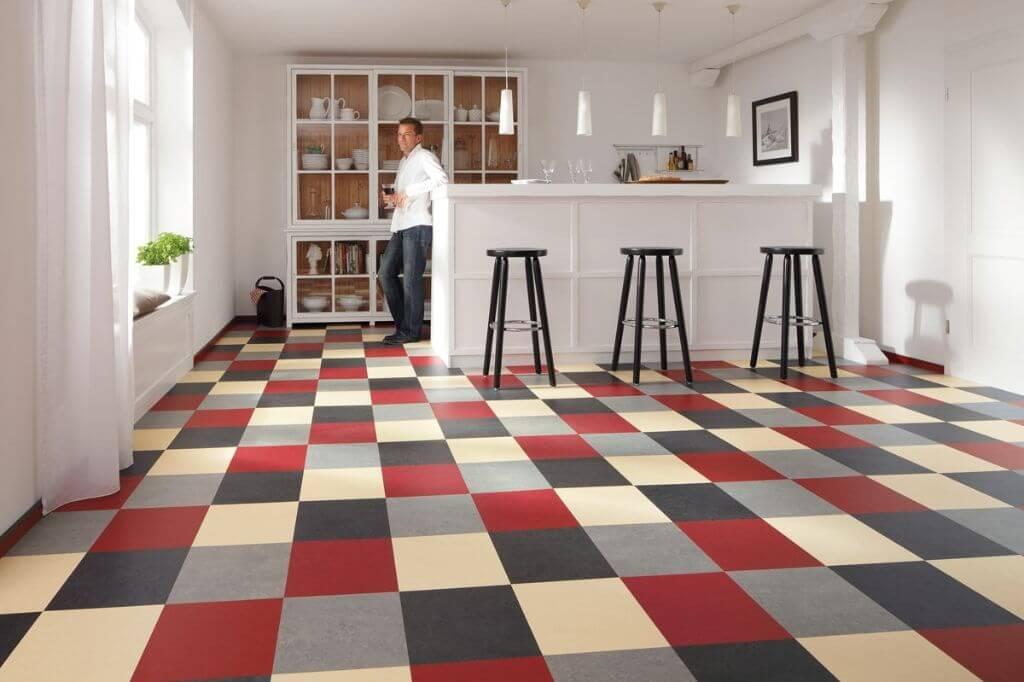 Tiles Vs. Linoleum In The Kitchen: Advantages And Disadvantages